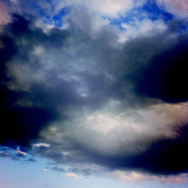 Nubes sobre la mar